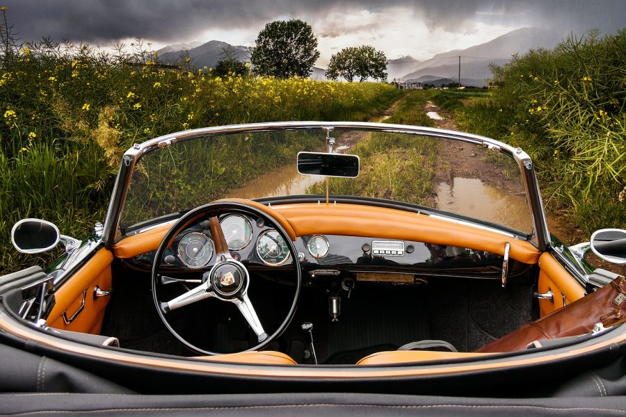 auto-3298890_1920